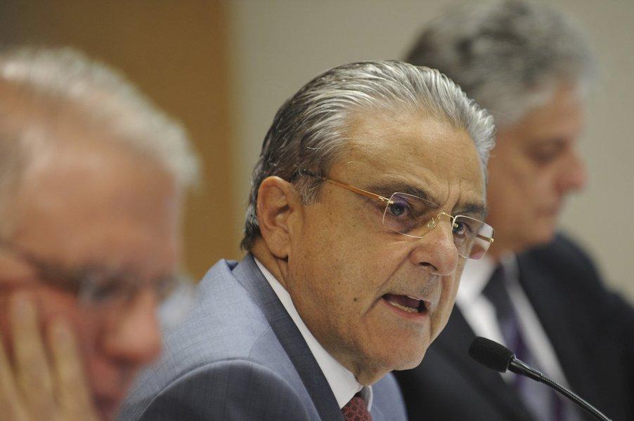 Contra alta na Selic, CNI quer menos gasto público