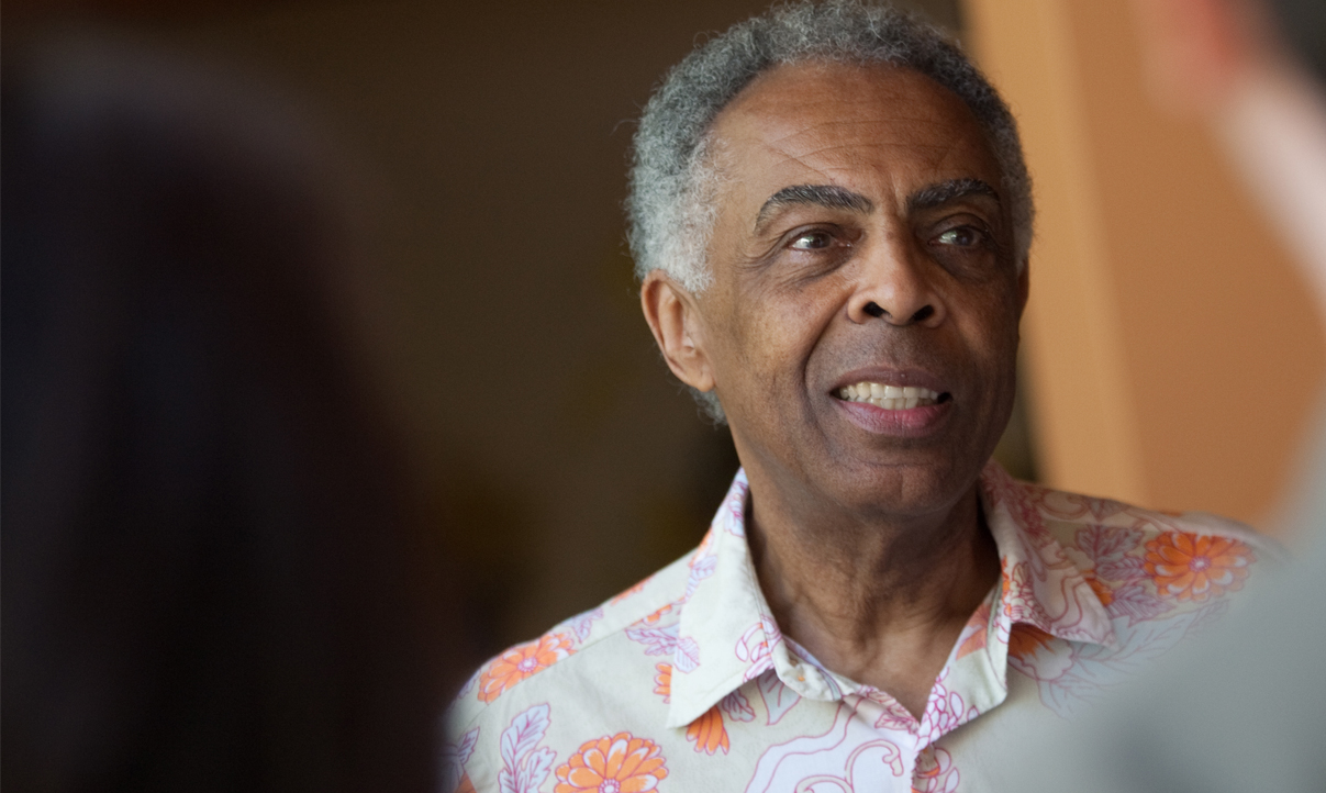 Gilberto Gil está internado há 5 dias em São Paulo