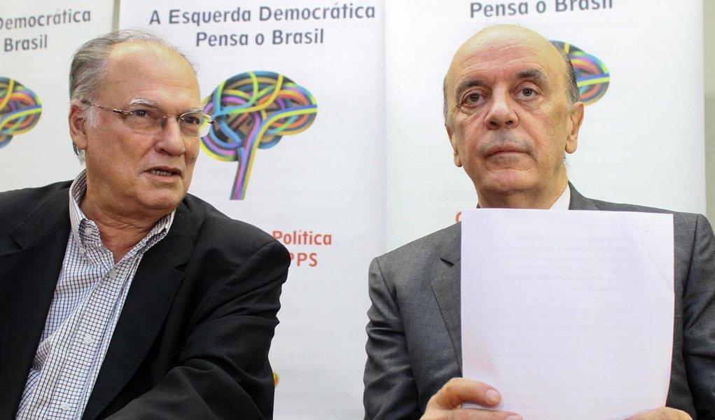 Freire cobra de Serra decisão sobre futuro
