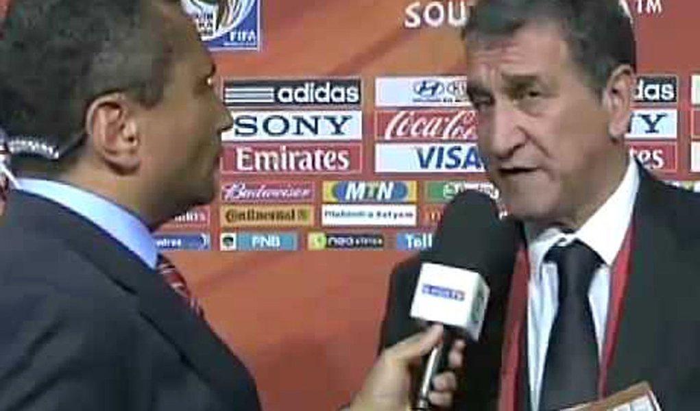 Em entrevista ao site da FIFA, Parreira elogia Neymar e Oscar