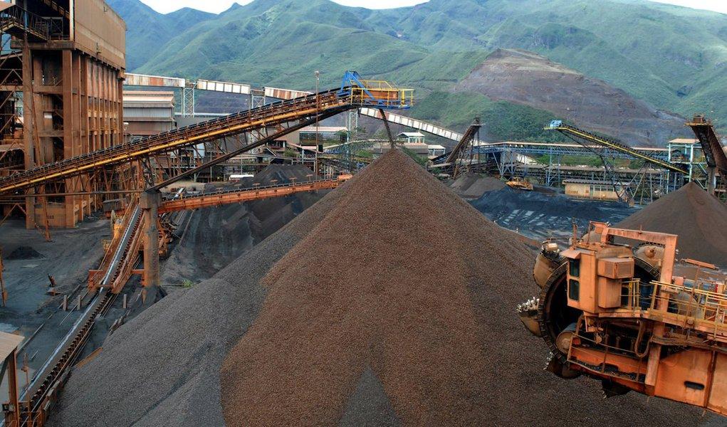 Governo publica edital inédito para jazidas minerais