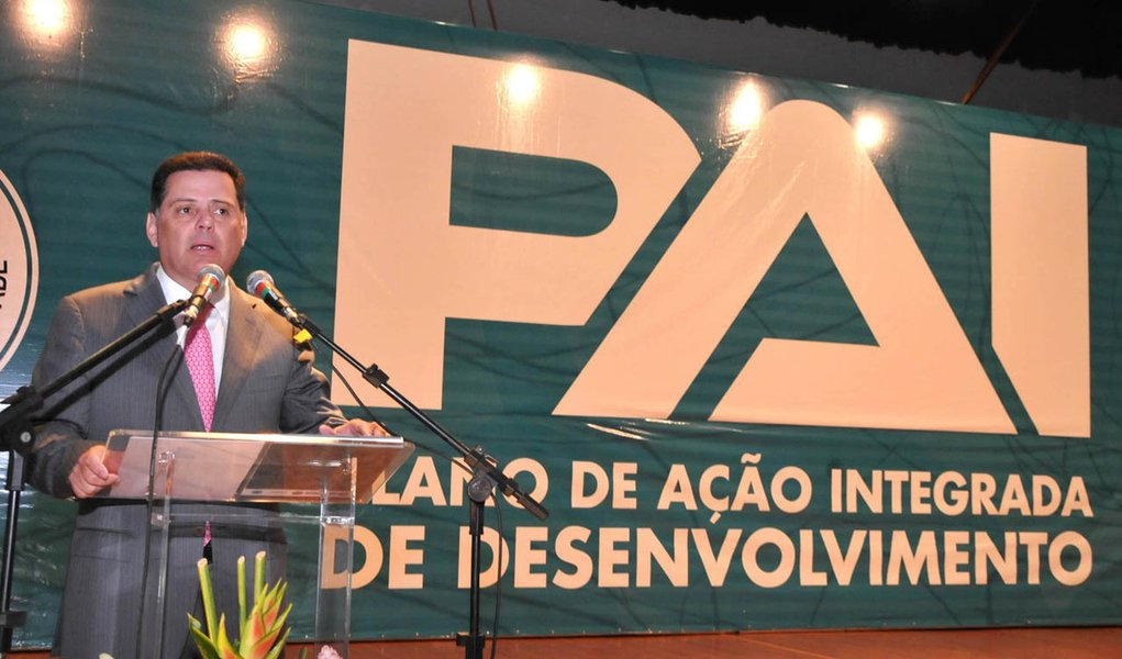 Perillo anuncia R$ 46 bi de investimentos em Goiás
