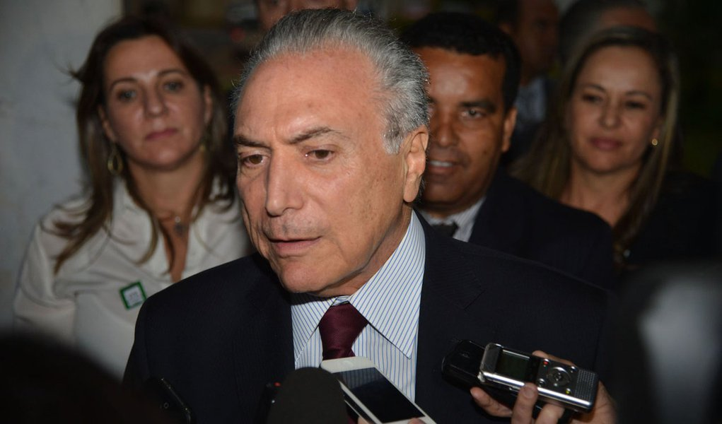 Brasília- DF- Brasil- O vice-presidente Michel Temer durante reunião com deputados federais eleitos (José Cruz/Agência Brasil)