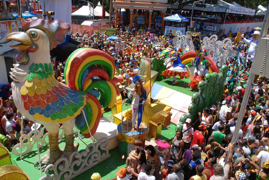 Carnaval gera incremento de R$ 1,2 bilhão em PE
