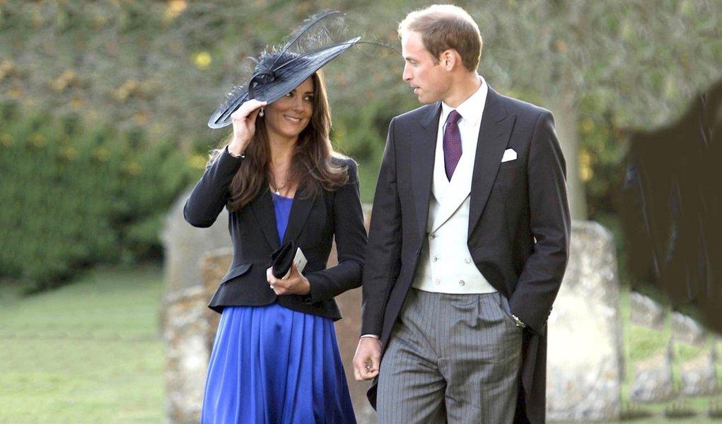 Príncipe William e Kate anunciam gravidez de terceiro filho