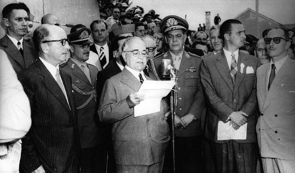 Há exatos 58 anos, Getúlio Vargas se suicidava
