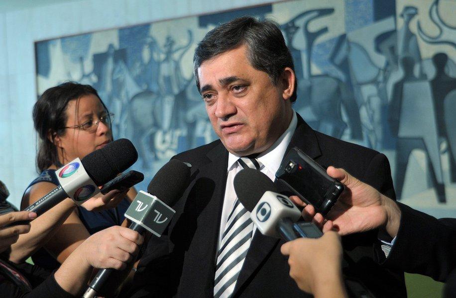 Guimarães diz que o momento pede serenidade e compromisso com a democracia