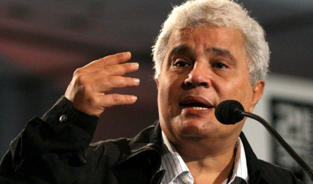 Diferença entre Haddad e Bolsonaro despencou, diz Noblat