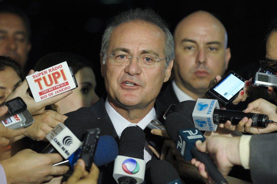 Presidente do Senado Federal, senador Renan Calheiros (PMDB-AL), concede entrevista