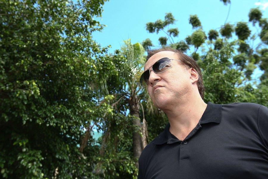 Cachoeira promete biografia bombástica