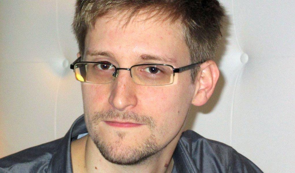 Snowden dará entrevista a blogueiros brasileiros