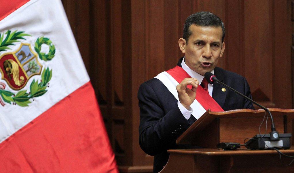 Governo Humala completa primeiro ano sob baixa aprovação