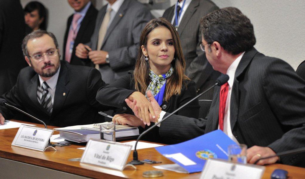 R$ 167 milhões é a fortuna apreendida de Cachoeira