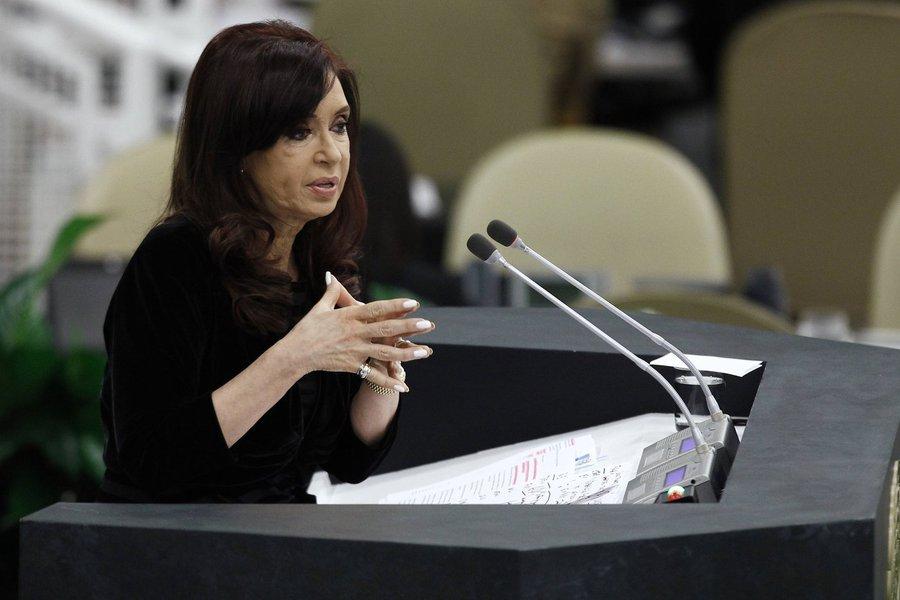 Argentina's President Cristina Fernandez de Kirchner addresses the 68th United Nations General Assembly at U.N. headquarters in New York, September 24, 2013. REUTERS/Eduardo Munoz (UNITED STATES - Tags: POLITICS)
