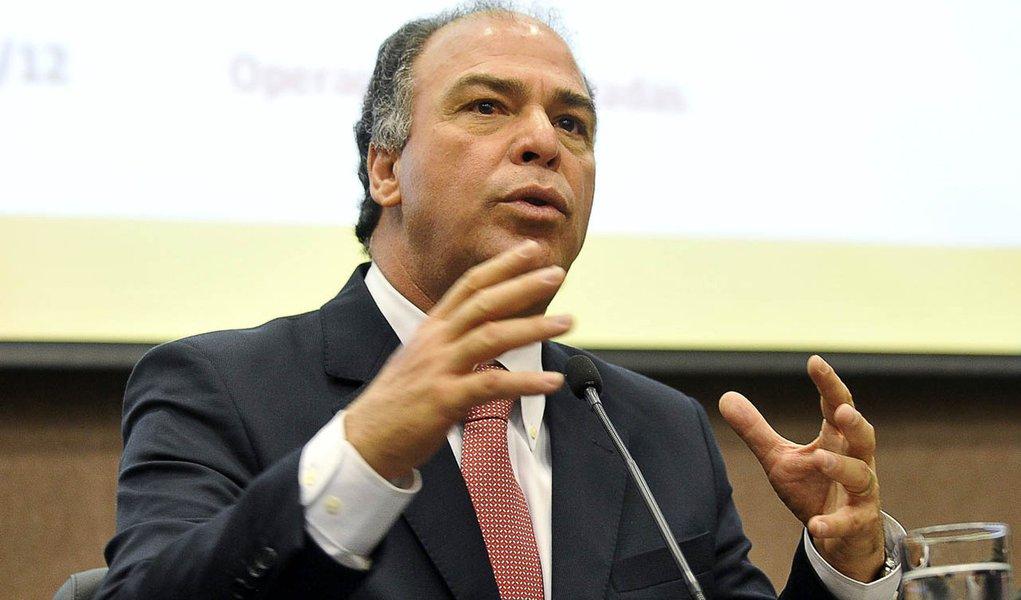 Brasília - O ministro da Integração Nacional, Fernando Bezerra Coelho, apresenta balanço das ações do Governo Federal de enfrentamento à estiagem no semiárido