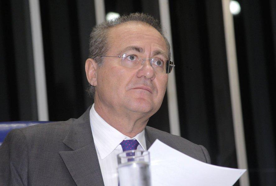 Renan devolve R$32 mil por voo em avião da FAB