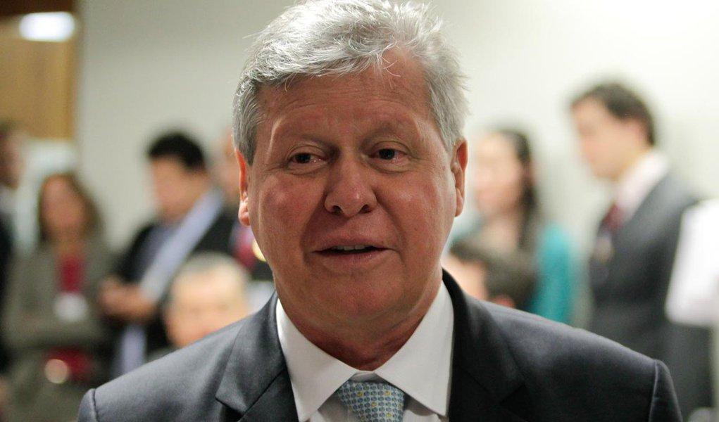 Goldman diz que Arthur Virgílio pode ser o nome do PSDB à presidência