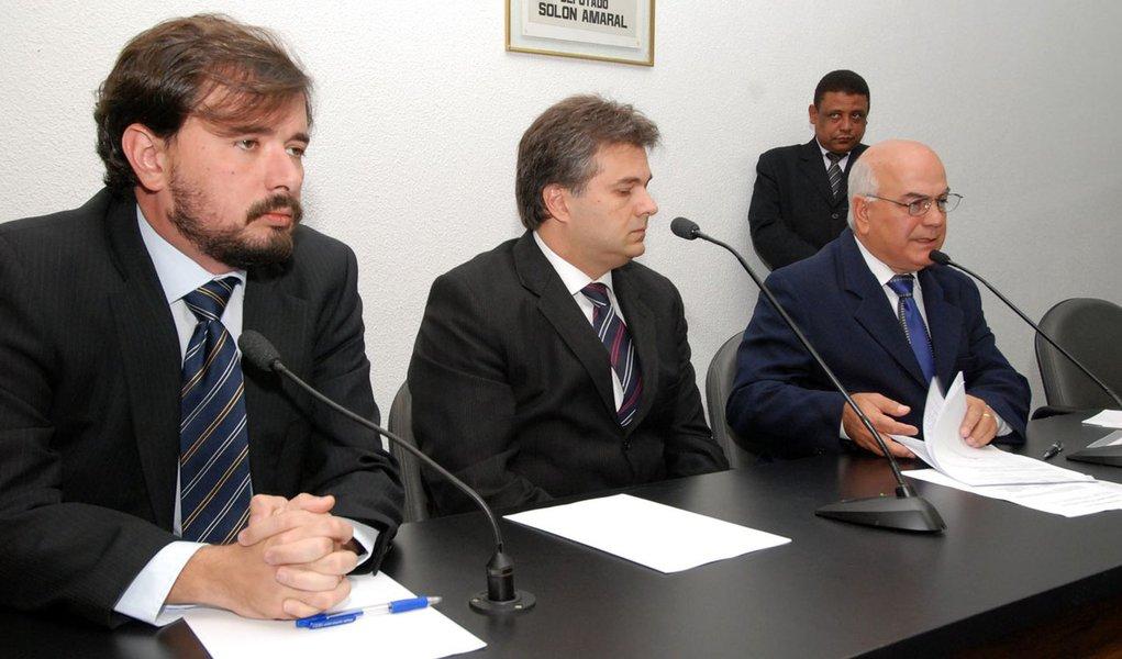 CPI de Goiás ouve Cachoeira no dia 8