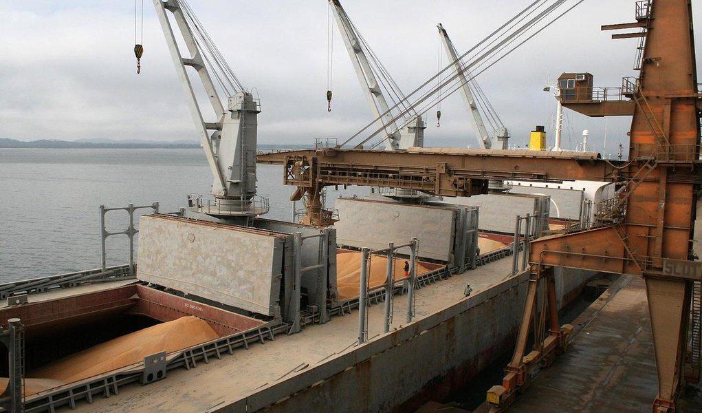 Transporte de milho para o Nordeste terá prioridade