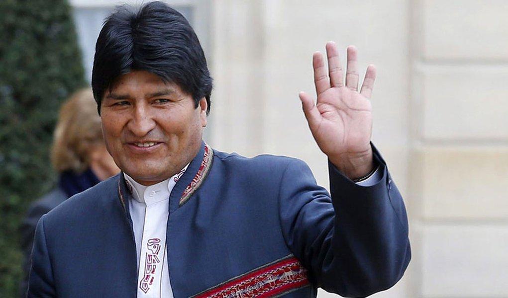Governo de Evo Morales tem 56% de apoio