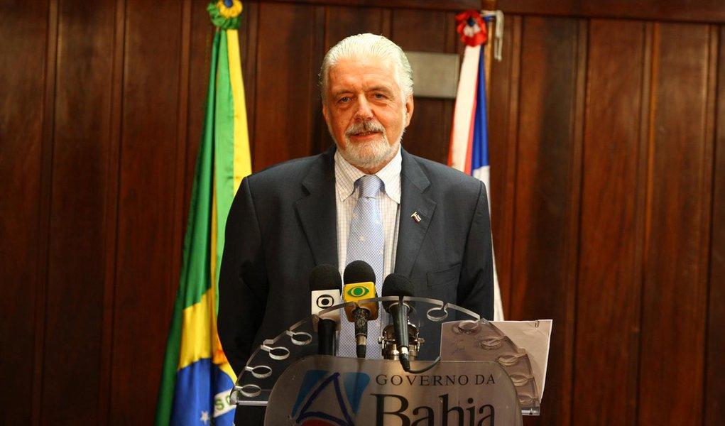Wagner: 'PT e PMDB devem dividir ônus e bônus'