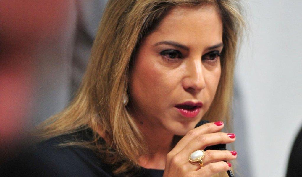 TRF desbloqueia contas da ex-mulher de cachoeira