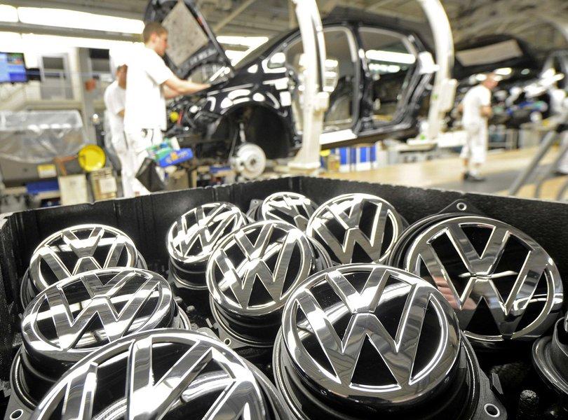 Volkswagem dá férias coletivas a 3,6 mil funcionários