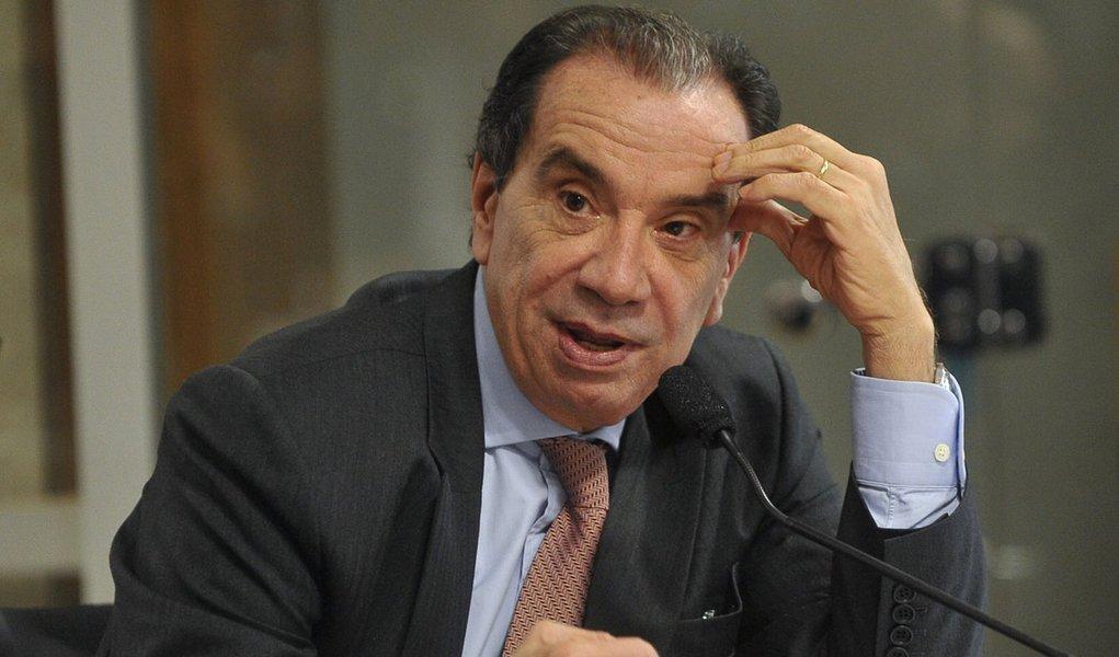 Aloysio Nunes cobra regras para greve no serviço público
