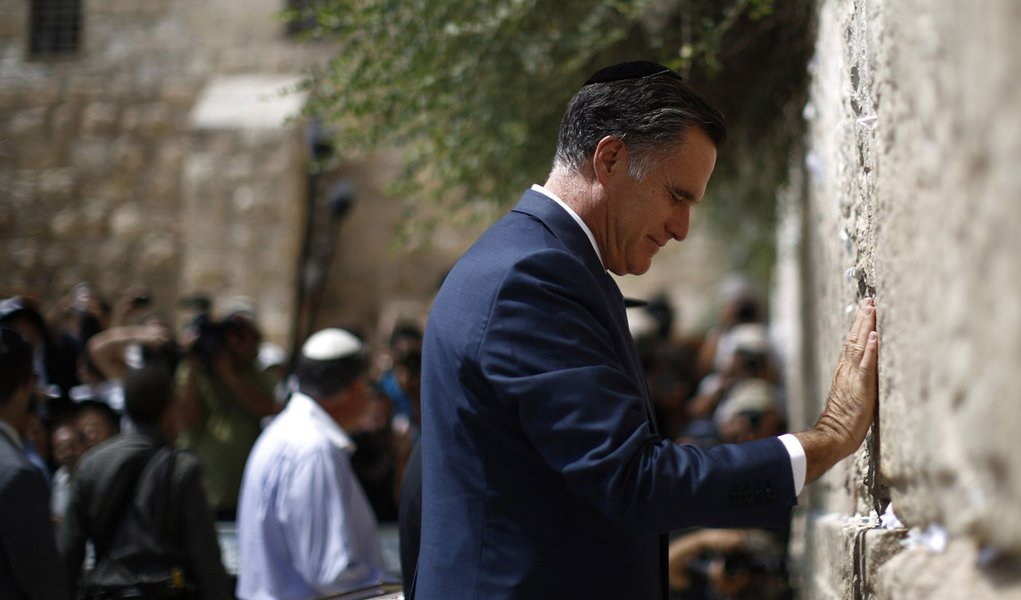 Se Israel quiser atacar o Irã, terá o apoio de Romney