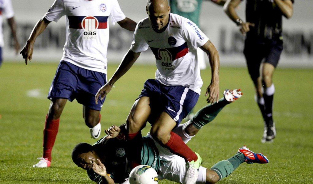Bahia vence e afunda o Palmeiras