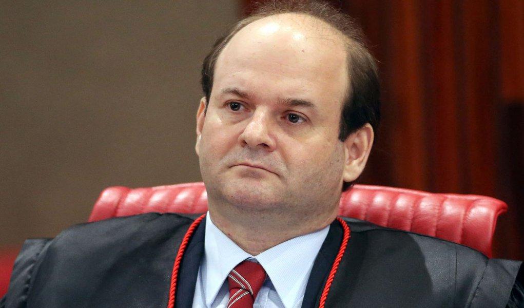 Ministro Tarcísio Vieira de Carvalho Neto, durante sessão plenária do TSE. Brasília-DF 27/05/2014 Foto: Roberto Jayme/ASICS/TSE