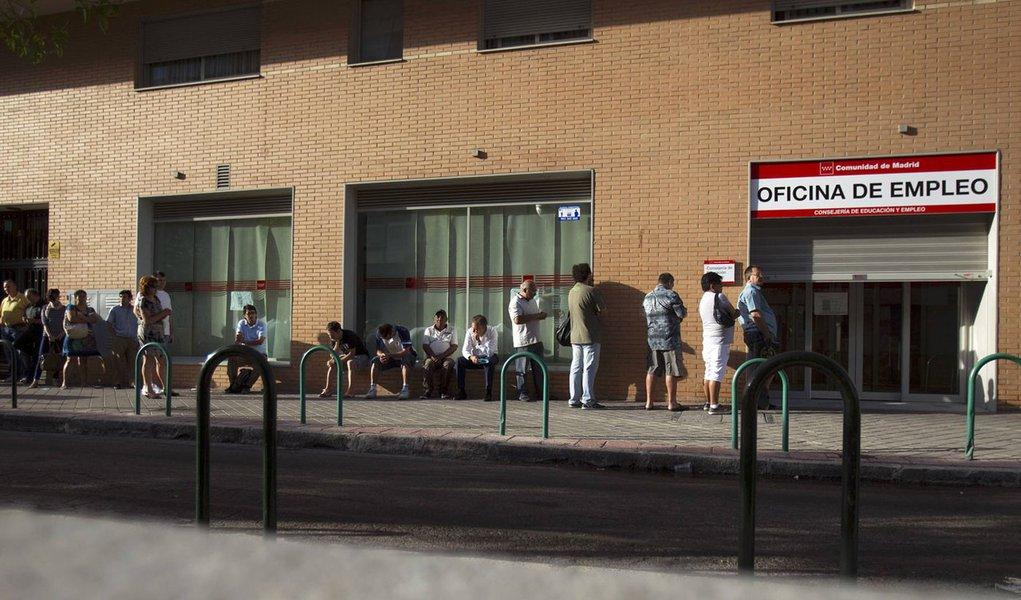 Desemprego atinge novo recorde na Espanha