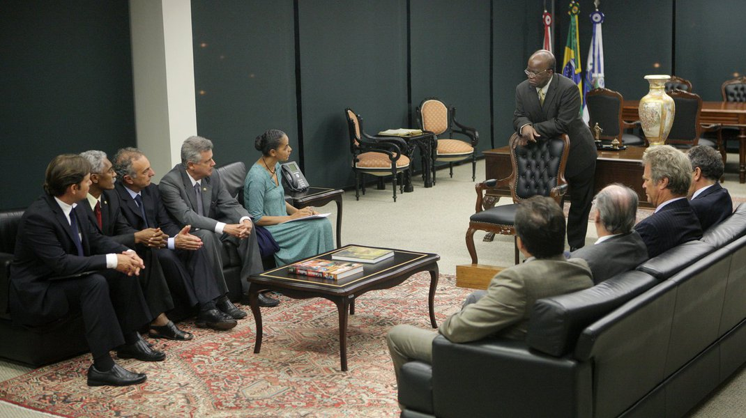 Marina pede apoio de Barbosa contra projeto que trava 'Rede'