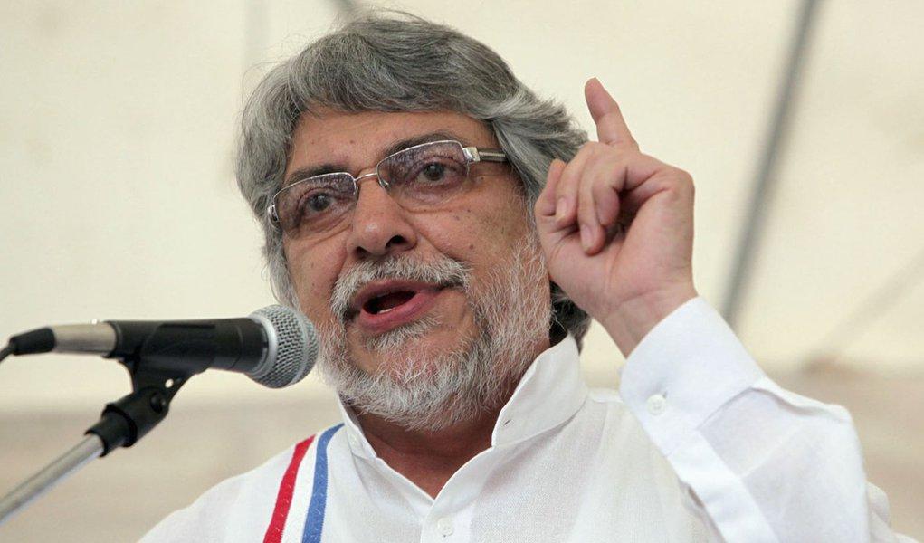 Volta pós-impeachment: Lugo é favorito para vencer eleição no Paraguai em 2018
