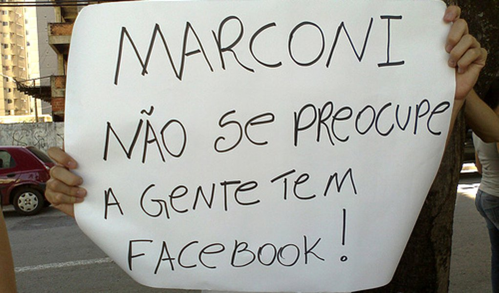 A surpresa: movimento #ForaMarconi continua