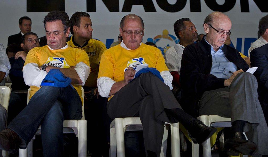 Aécio Neves, José Serra e 2014: deixa que eu deixo