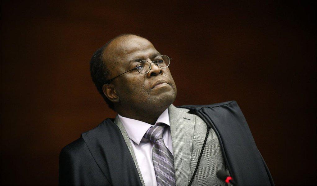 Briga no STF já ameaça eleição de Barbosa