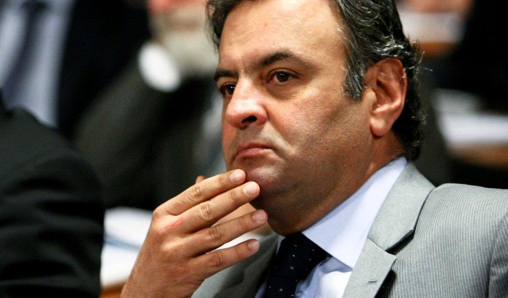 Aécio critica Dilma, PT e Kassab por ação em BH