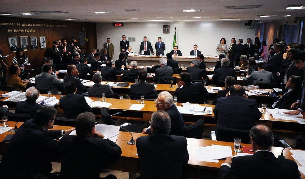 1º dia da CPI tem dilemas não resolvidos