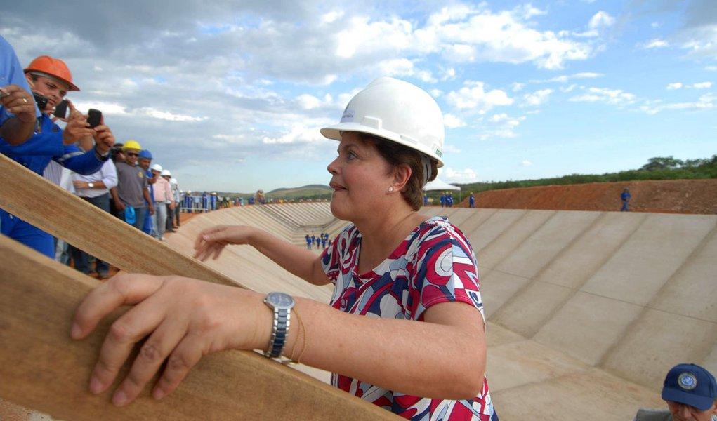 Dilma inicia visitas a obras da Transnordestina