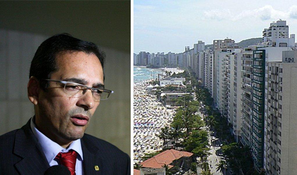 Protógenes quer trocar Brasília pelo Guarujá