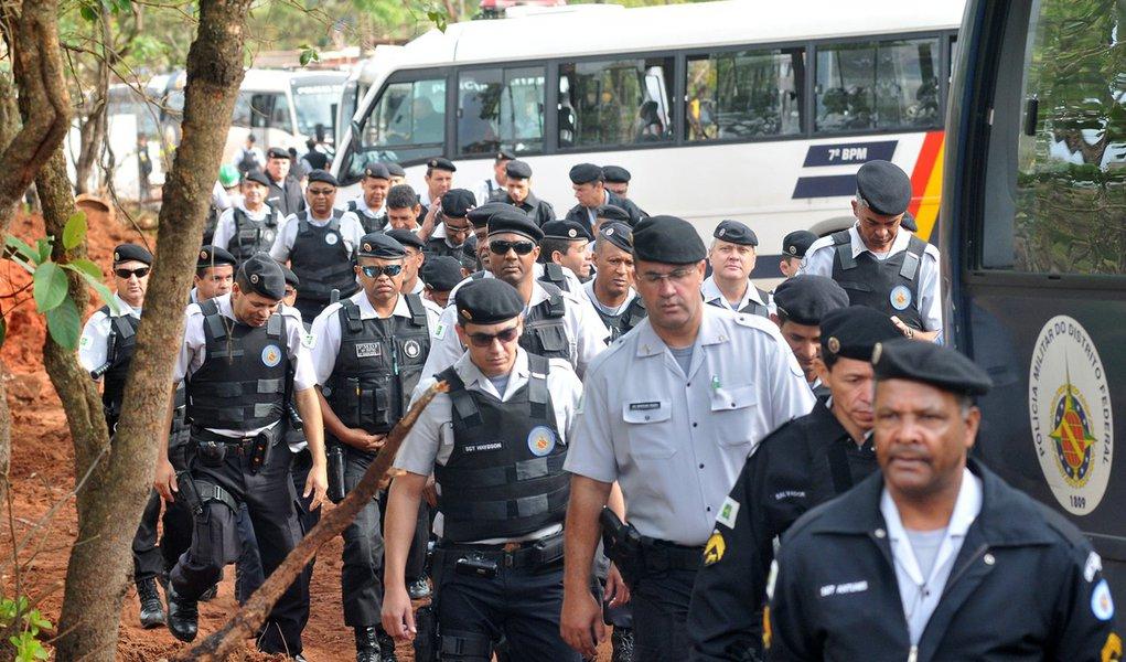 Governo de Brasília se mobiliza contra greve da PM