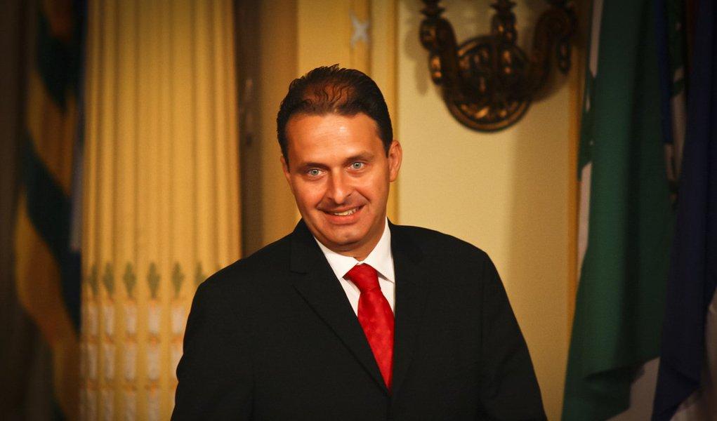 Época aponta condenação de Eduardo Campos no BC