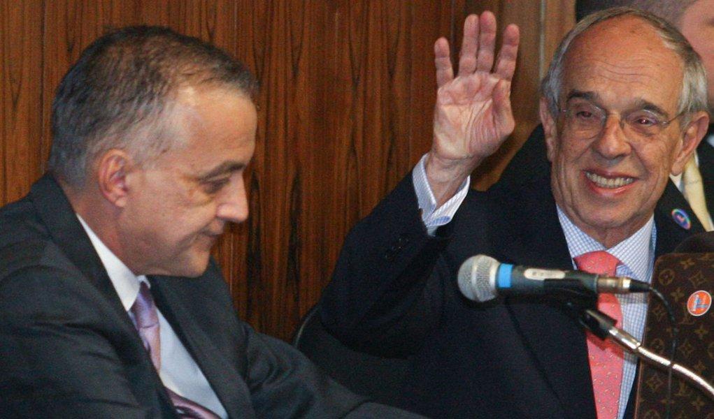 Procuradores defendem investigar Thomaz Bastos