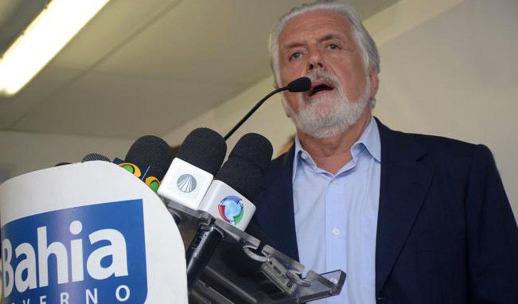 "Wagner: greve pôs ""democracia de quatro"""