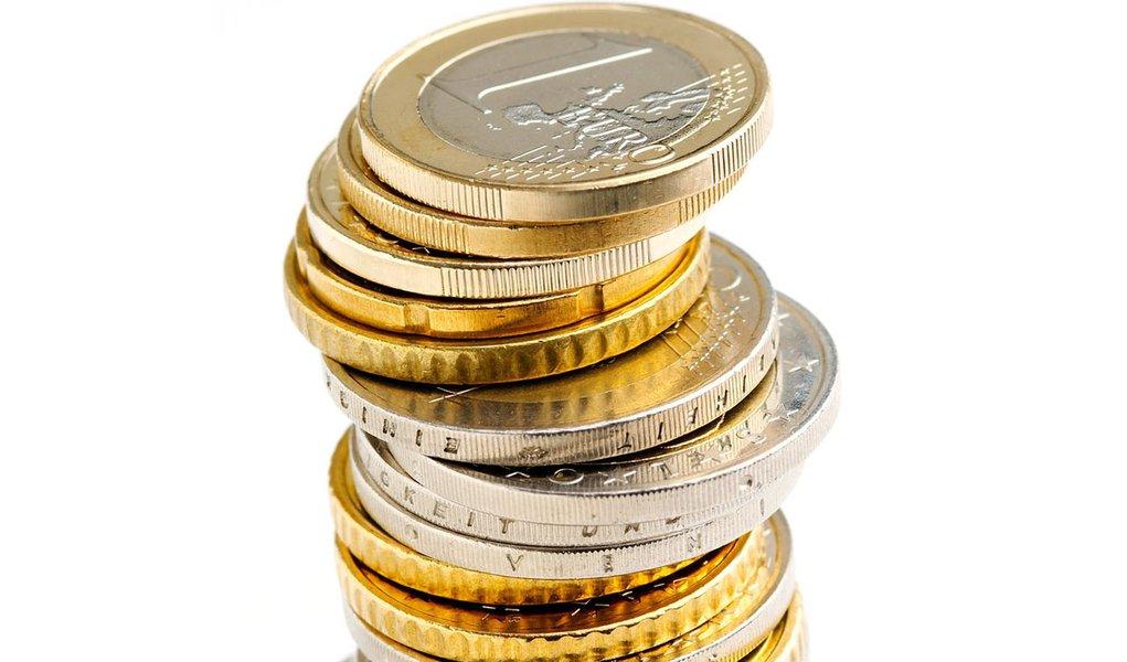 PIB da União Europeia registrou queda de 4,5% em 2011