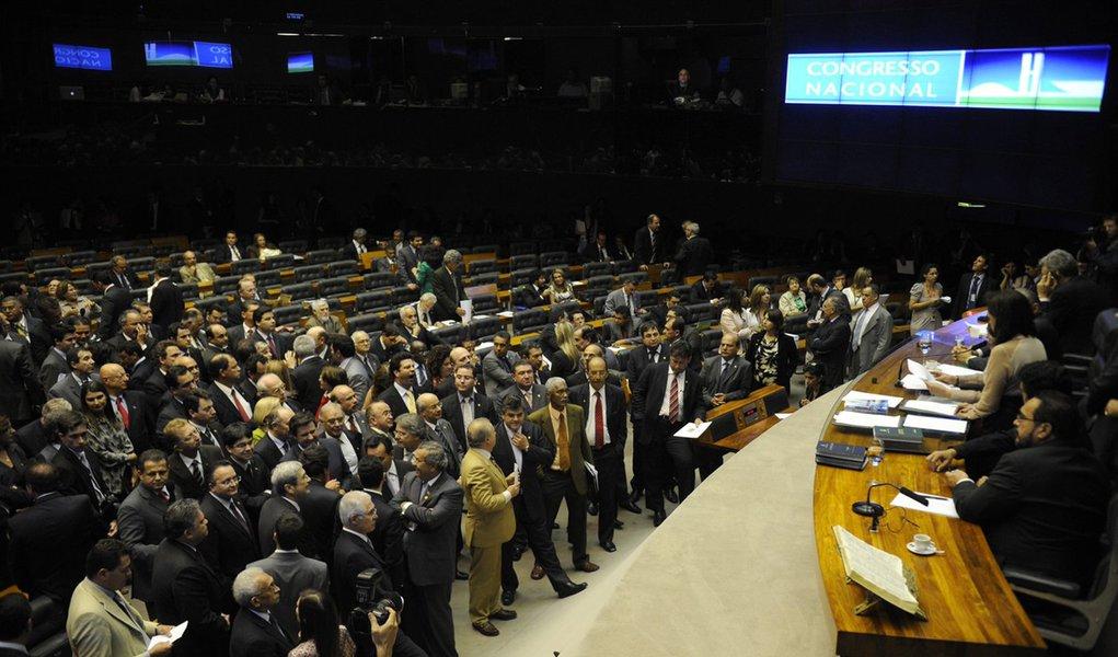 CCJ da Câmara aprova proposta para sustar decisões do Judiciário