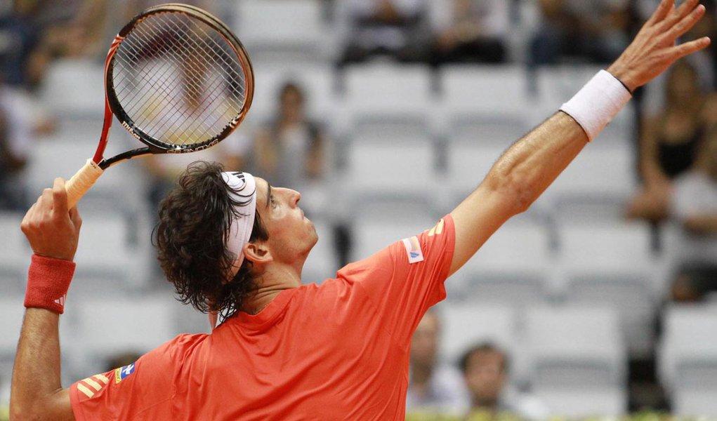 Belucci sobe quatro posições no ranking da ATP