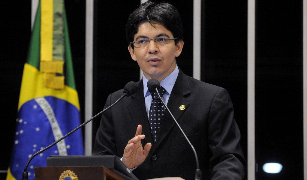 Senador quer convocação urgente de Perillo na CPMI do Cachoeira