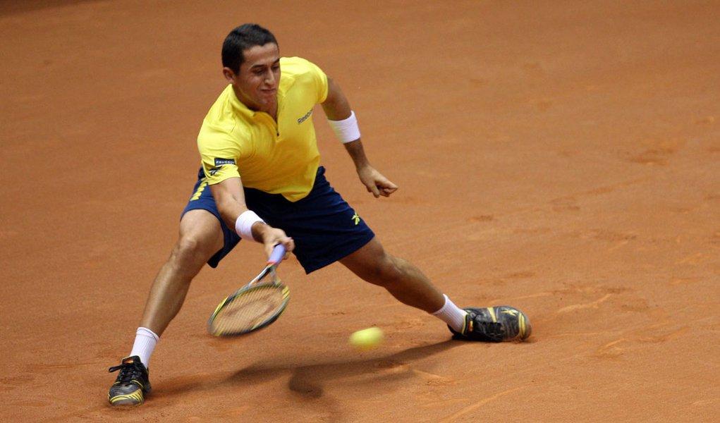 Almagro vence e leva tri inédito no Brasil Open